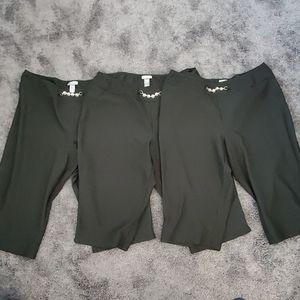 22 24 capri work pants pull on 3 pair